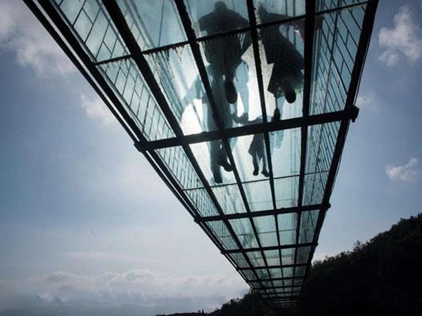 玻璃必威国际官方网站